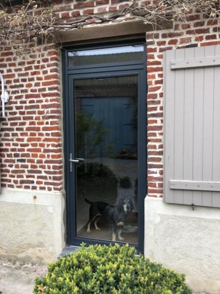 Porte vitré aluminium gris anthracite